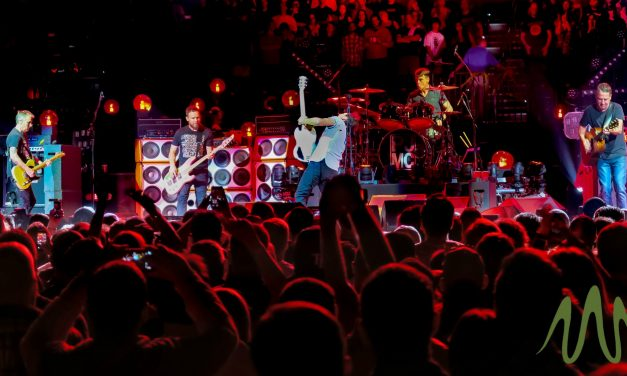 Pearl Jam's 25th Year In 10 Stunning Photos