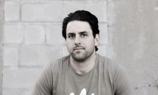 Interview With Artist Waves Founder/Writer Jeff Gorra